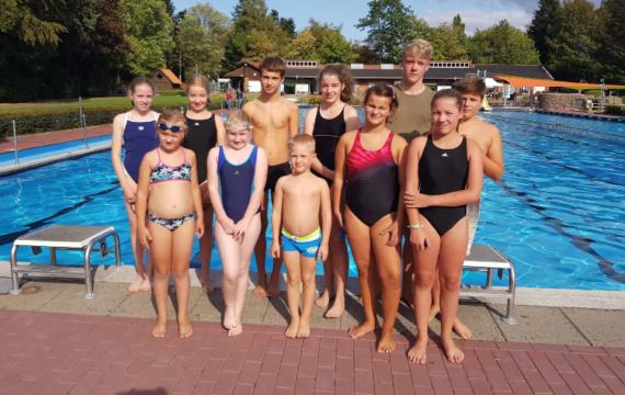 Artikelfoto zum Artikel Spannende Extra-Schwimmzeit